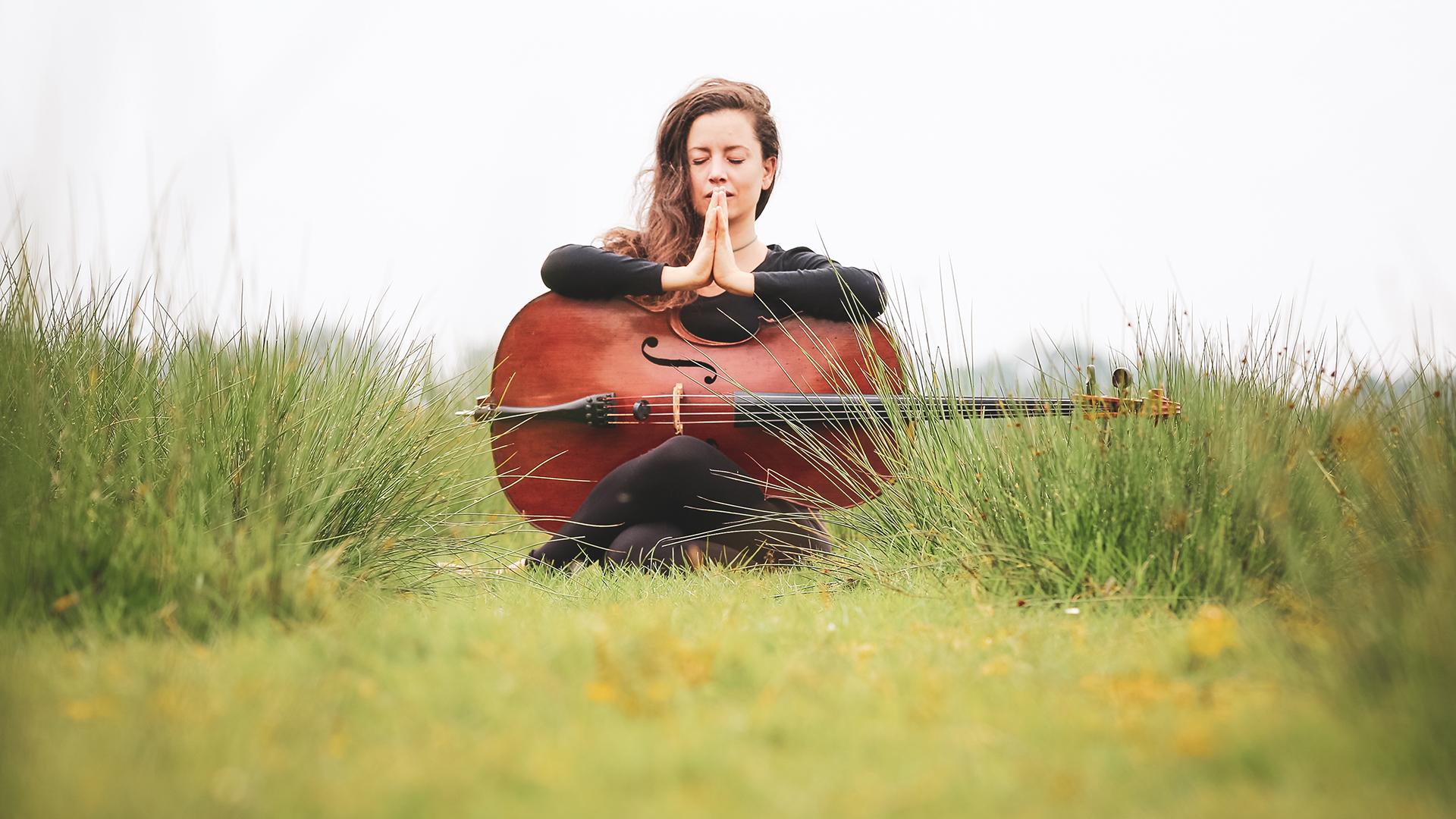 Inge - cello © Emmely Jurrius-Siebrecht